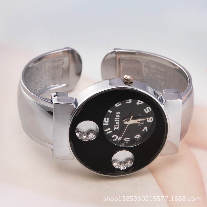 Ears with Diamonds Luminous Brand Hands Quartz Watch