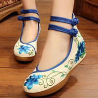 Floral Embroidered Ankle Button Strap Round Toe Internal Wedges Shoe Vintage Canvas Casual Fabric Shoe Women