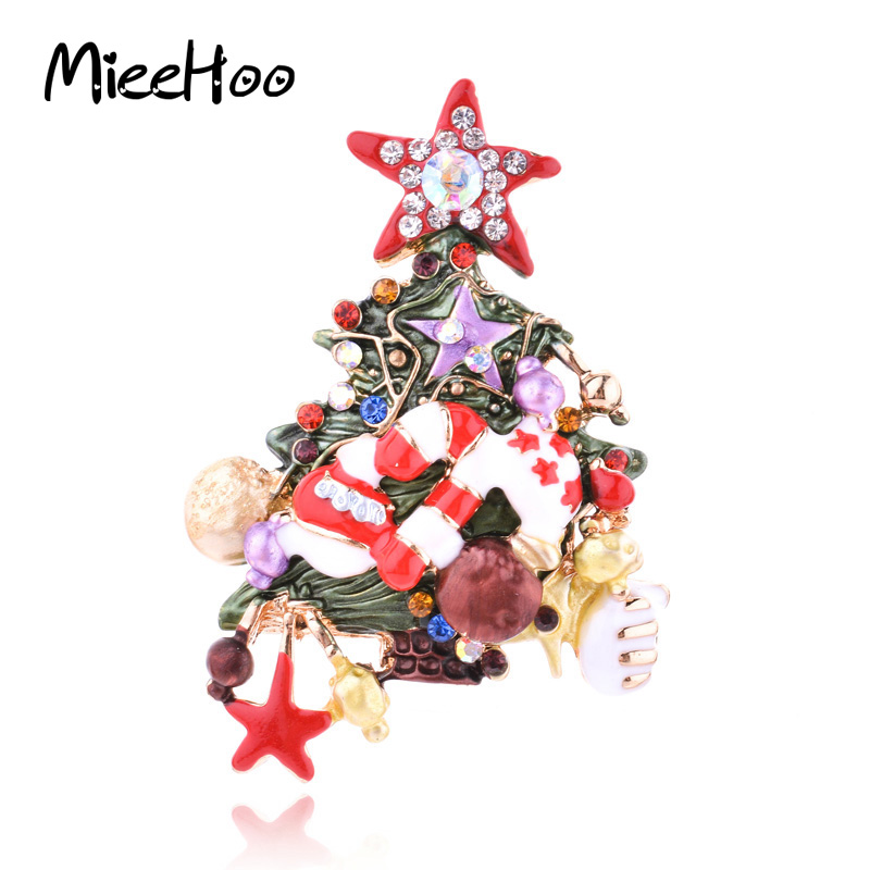 2017 New Arrival European Fashion Exquisite Christmas Tree with Star Design Brooch Christmas Tree Brooches For WomenHot Sale