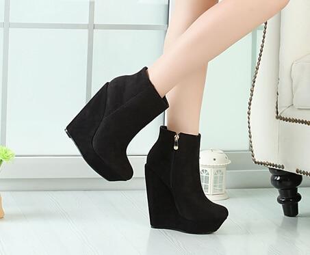 Sexy heels for men
