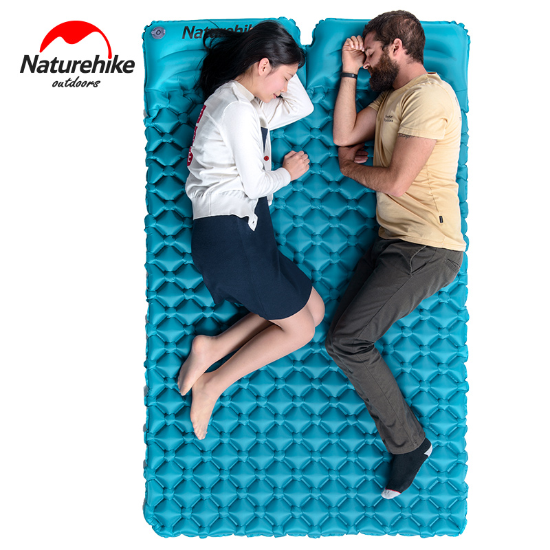Naturehike double camping tapis 2 personne gonflable matelas Oeuf nid forme en plein air gonflable lit de couchage pad avec des oreillers