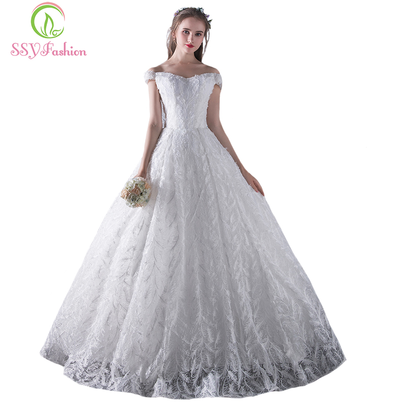 ssyfashion new luxury wedding dress the bride marrige white boat neck a line floor length lace feathers elegant wedding gowns
