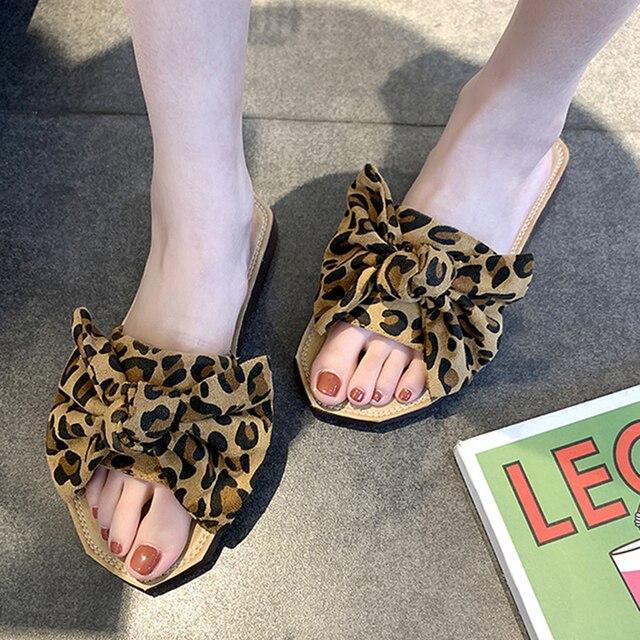 Zapatos de mujer zapatos de verano zapatillas de playa de 2019 deslizador de las mujeres pajarita al aire libre sandalias de verano Casa de leopardo Sandalias Zapatos