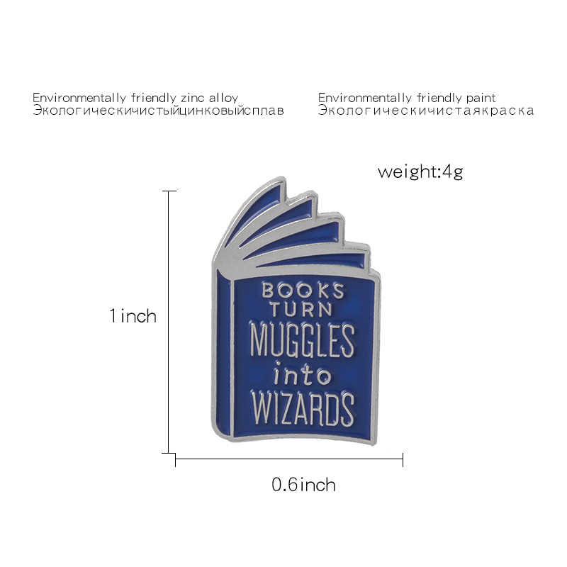 ספר סיפור! ליל כל הקדושים מיני יפה מכשפה כחול קסם ספר קשה אמייל Cartoon סיכות דש סיכות עבור מעיל סוודר תרמיל