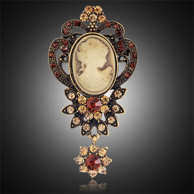 Fashion Antique Gold Silver Vintage Brooch Pins Female Brand Jewelry Queen Cameo