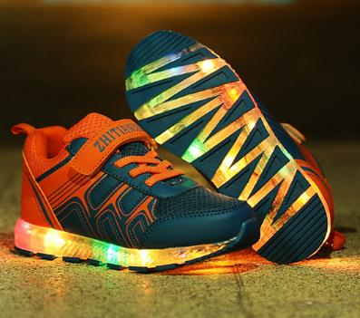 ФОТО Children'S Shoes Light Fashion Sneaker Kids Baby With Usb Charging Led Lighted Shoes Boys/Girls Sports Shoes Colorful Lights