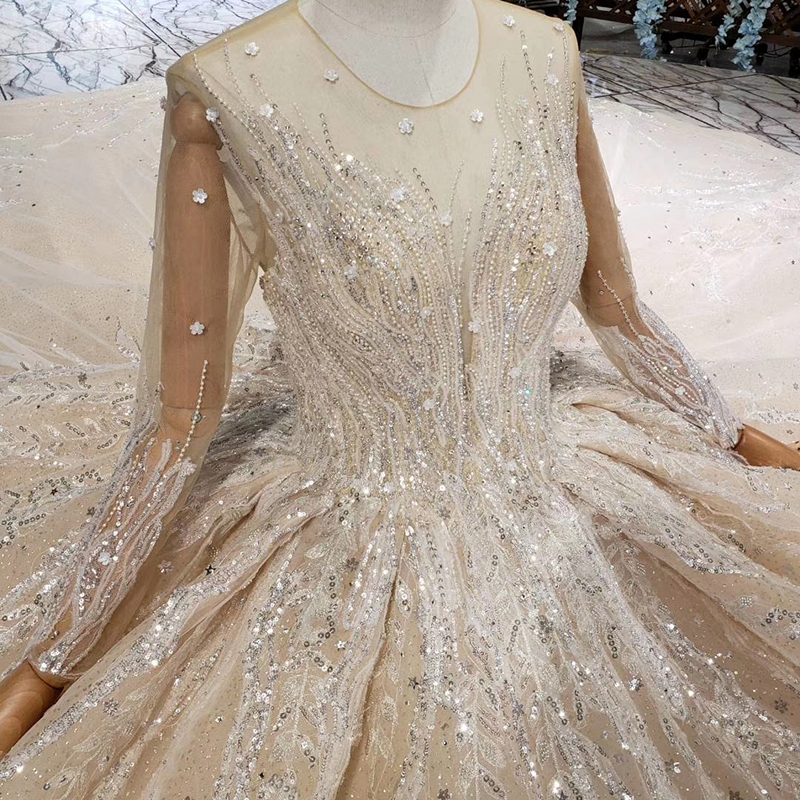 Image 5 - HTL462 princess ball gown wedding dresses long sleeve o neck appliques champagne lace wedding gowns with wedding veil mariage-in Wedding Dresses from Weddings & Events