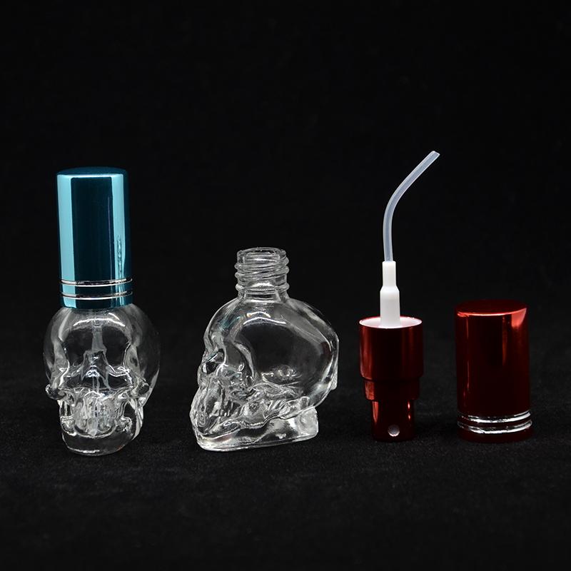 (1 pçs/lote) 8 ML Crânio Cor Da Mistura Da Forma Mini Frasco Da Amostra de Vidro Pequeno Frasco de Perfume de Vidro Vazio Com Tampa De Alumínio Spray