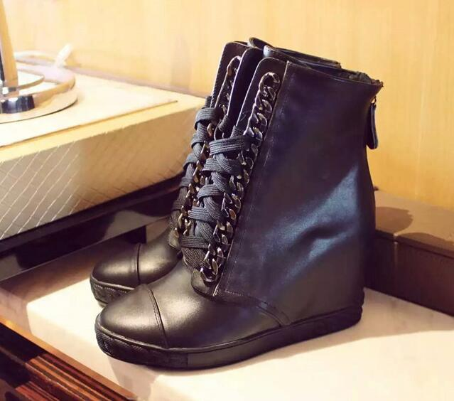 Woman fashion height increasing boots metal chains lace up black/white leather ankle boots wedge heels women short boots shoesWoman fashion height increasing boots metal chains lace up black/white leather ankle boots wedge heels women short boots shoes
