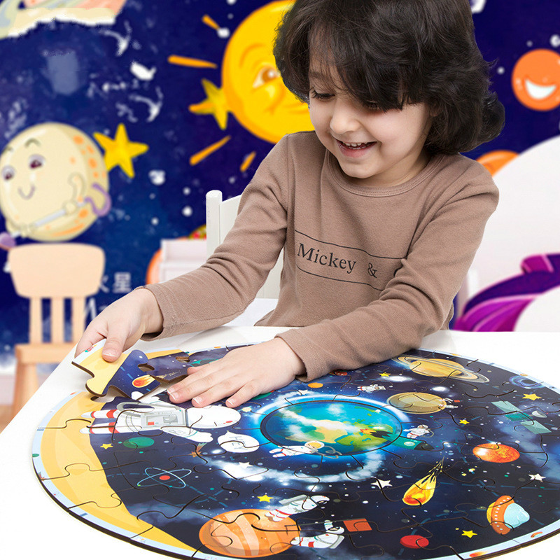 1 Set High Quality Wooden Toy Large Planet Puzzle 3D Cartoon Puzzle Toys Spaceman With Heavenly Pattern Best Gift For Children