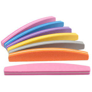Image 2 - Lixa de unha esponja 50 peças, para manicure tampão de unha bloco 100/180 colorido barco esmeril placa lime a ongle