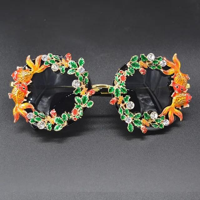 2019 Luxury Baroque Sunglasses Women Metal Flower Vintage Eyewear Brand Design Sun Glasses Party Fashion Oculos De Sol Gafas