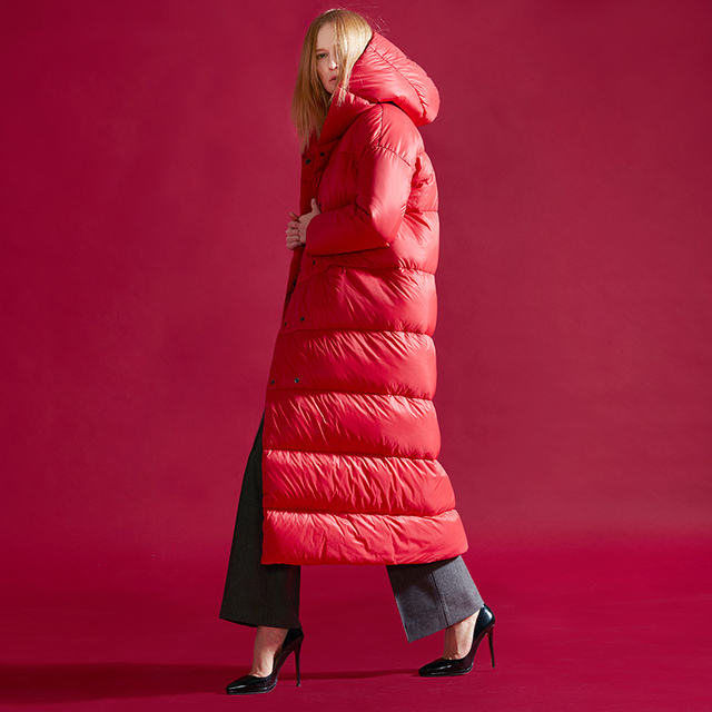 2017 diseño largo femenino abrigo de ganso blanco de Invierno 2016 engrosamiento abajo de la capa femenina de la chaqueta