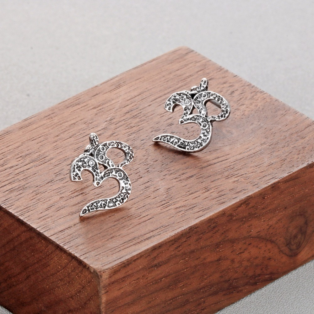 Women's Om Stud Earrings 1