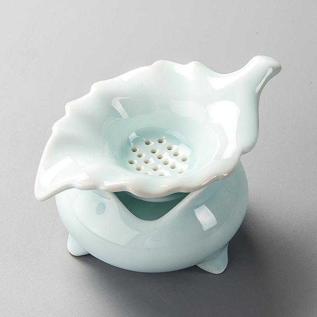 Tea Strainer Loose Leaf Tea Cup Porcelain Kung Fu Tea Set Celadon Tea Filter Infusor Ceramic