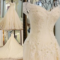 2017 BackLakeGirls A Line Luxury Full Pearls Appliques Celebrated Dress Crystal Lace Customized Party Dress Vestido