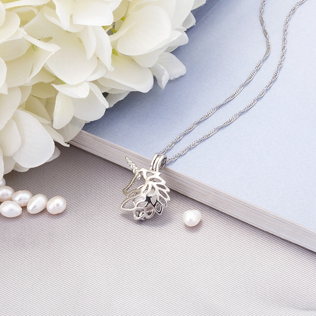 Glowing Unicorn Necklace