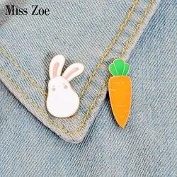 С рисунком кролика и морковки эмали штырь с милым зайчиком животных нагрудный знак брошь джинсы рубашка мешок с персонажем из мультфильмов ...
