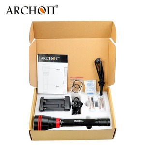 Image 5 - Free shipping Archon DY02 DY02 W 4000lumens 6500K Diving Light Underwater Torch with Battery and Charger Included