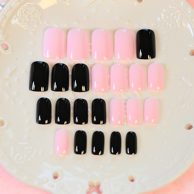 Cute Black Pink Long Nail Tips With Pattern 24pcs Oval Fake Nails In Acrylic Box Designed