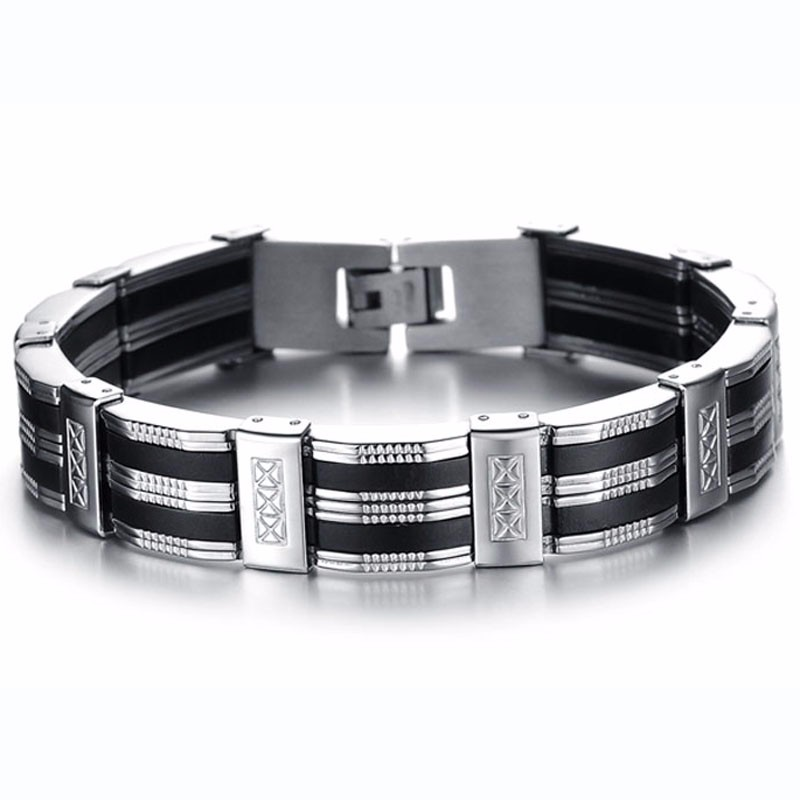 detailed-titanium-black-and-silver-mens-bracelet-1