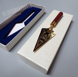 Image 1 - Masonic Trowel Master Gold Plating Engraving Gift Metal Gold Plating Engraving Souvenir Craft in box Mason Freemason