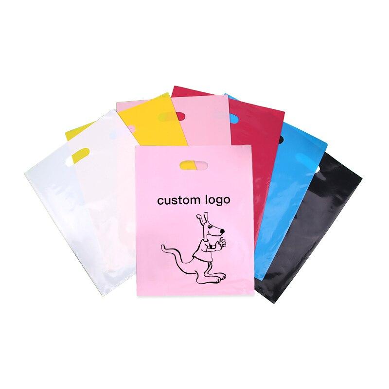 Sacs en plastique de cadeau de bijoux avec le logo de poignée, sacs à provisions en plastique pour le sac d'emballage d'habillement