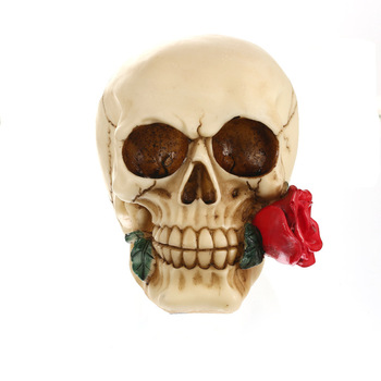 Resin Skull Ornament Bite Red Rose Statue Sculpture Home Decoration Valentine's Day Gift Office Decoration Gift   1