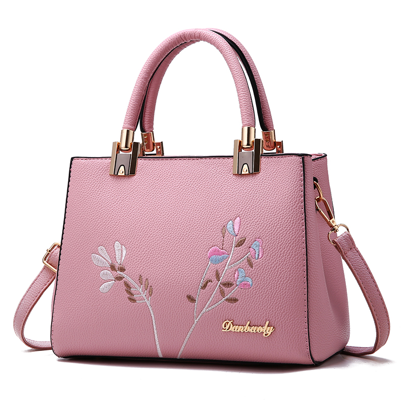 The new fashion women leather handbags Korean version of the beautiful embroidered luxury Calfskin ladies shoulder bags summer new women leather handbags shell bag shoulder bags first layer of cowhide korean version of the wild fashion handbags