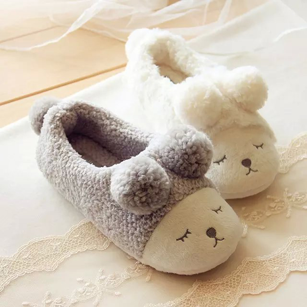 New Cute Sheep Warm Winter Women Home Slippers  Indoor House Bedroom Plush Shoes Soft Bottom Flats Christmas Gift new 2017 house shoes cute happy big feet style giant toe footwear winter warm plush slippers soft unisex indoor shoes
