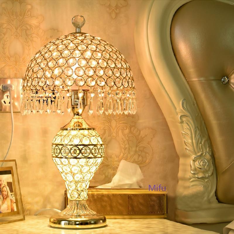 Simple Modern Table Lamps Red Wedding led Decoration Light Fixture Bedroom Bedside Desk Lamp Living Room Crystal Table Lights