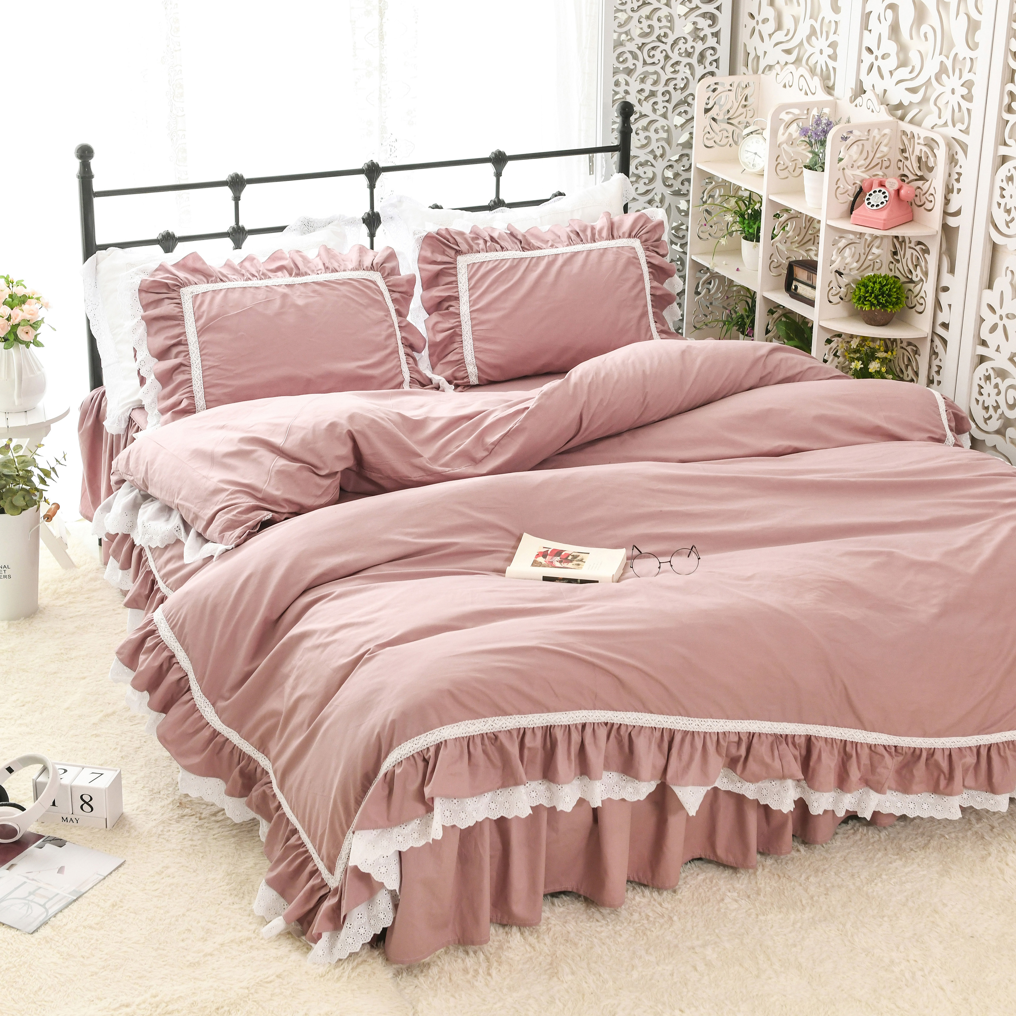 Pure cotton princess wind net red bed skirt lotus leaf embroidered quilt ruffled bed skirtPure cotton princess wind net red bed skirt lotus leaf embroidered quilt ruffled bed skirt