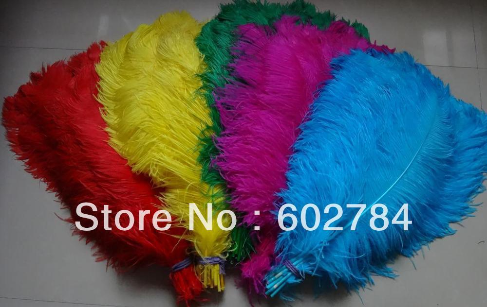 EMS Doprava zdarma Pštrosí peří 50ks (mix dvou barev) 60-65cm 24-26 palců pštrosí fádní peří pro svatební kousky
