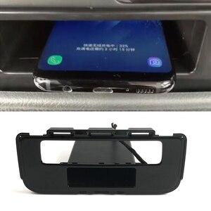 Image 1 - 15W QI Wireless Charger ชาร์จโทรศัพท์มือถือได้อย่างรวดเร็วสำหรับ Mitsubishi Outlander 2015 2016 2017 2018