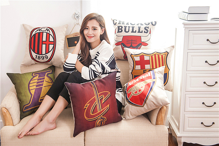 Soccer Priented Cotton Linen Sofa Cushion Football Pillow 45x45cm/17.7x17.7'' Sofa Throw Pillow Home&Garden Textile Cushion