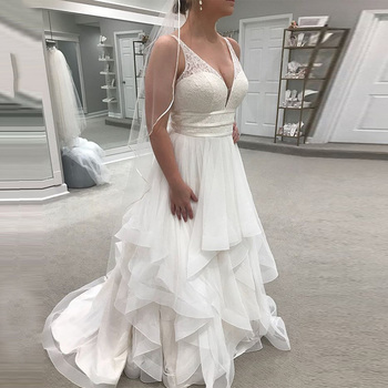Sexy V-neck Wedding Dresses 2019 Sleeveless Elegant Lace Top Tiered Tulle Skirt Long Backless Bridal Gowns Robe De Mariee