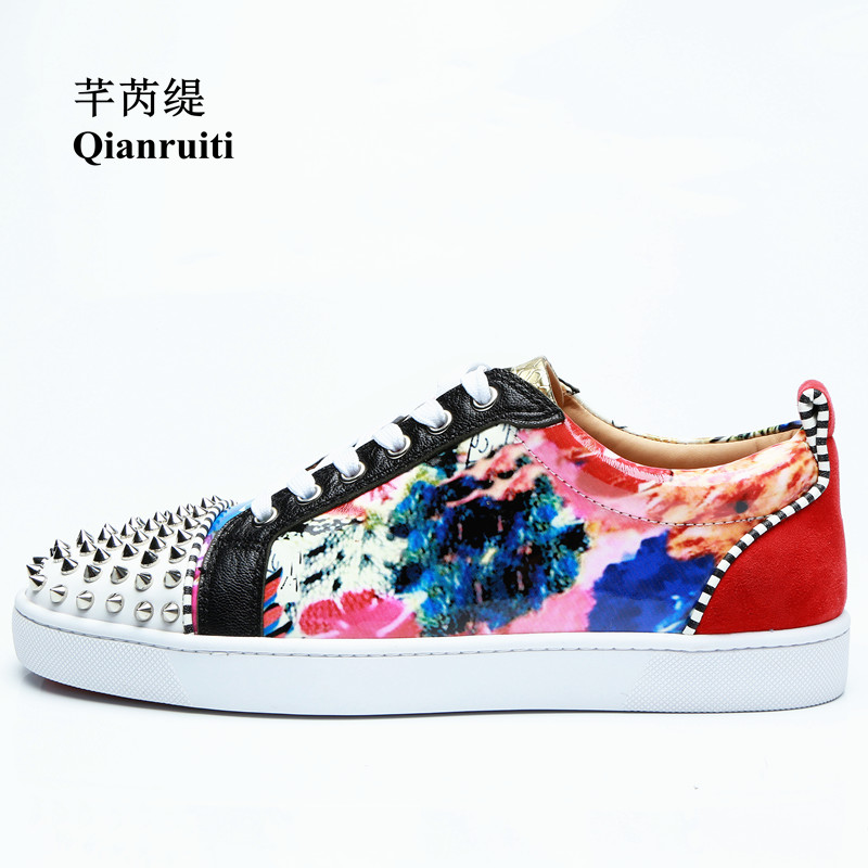 Flower Printed Men Shoe Floral Flat Lace-up Sneakers Italy Street Rivet Decorated Gods Man Vulcanize Shoe Spring 2019 FootwearFlower Printed Men Shoe Floral Flat Lace-up Sneakers Italy Street Rivet Decorated Gods Man Vulcanize Shoe Spring 2019 Footwear