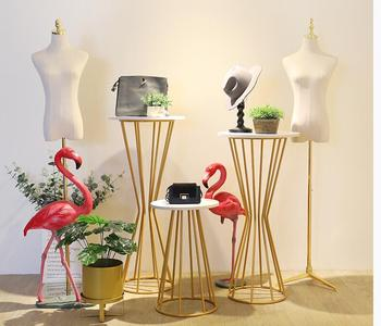 Clothing store window decoration props display rack Creative women's clothing store Golden Window exhibition stand.