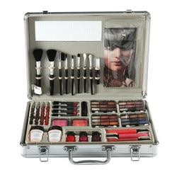 Набор инструментов для макияжа, включая матовые тени для век, помаду, блеск для губ, кисть для основы, лак для ногтей, набор для макияжа, косме...