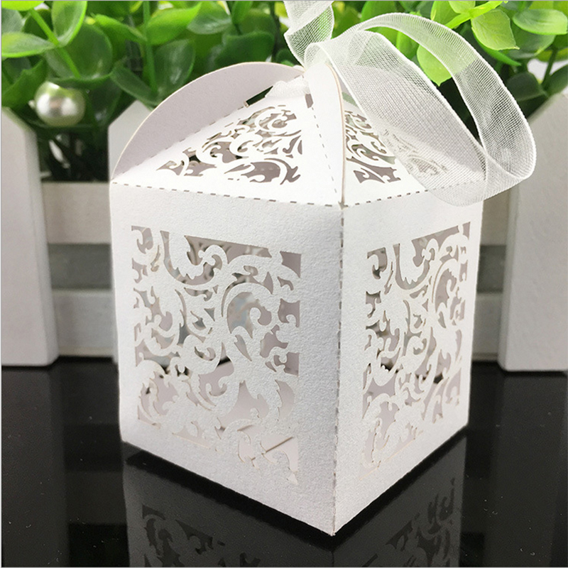 10pcs Flower Vine Laser Cut Hollow Carriage Favors Box Gifts Candy Boxes With Ribbon Baby Shower Wedding Event Party Supplies