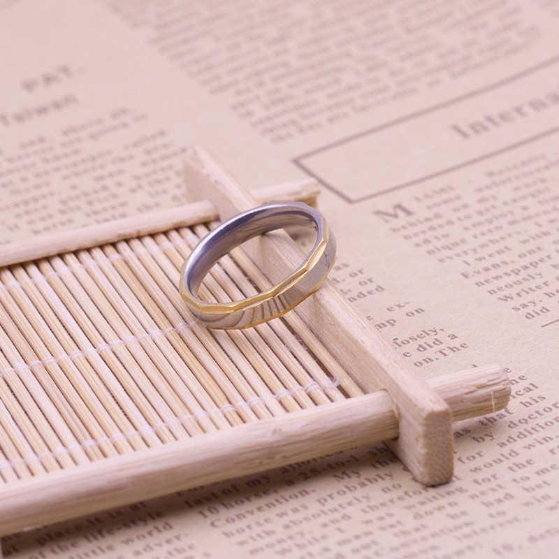 シンプルなスプライシングカップルリングの女性の男チタン鋼恋人リング女性の結婚式婚約ゴールドリングジュエリー