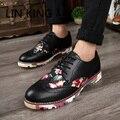 LIGAÇÃO Moda Pu de Couro Ao Ar Livre Sapatos Brogue Estilo da Nova Inglaterra Esculpir outono Men Flats Calçados Casuais Lace Up Escritório Tornozelo botas