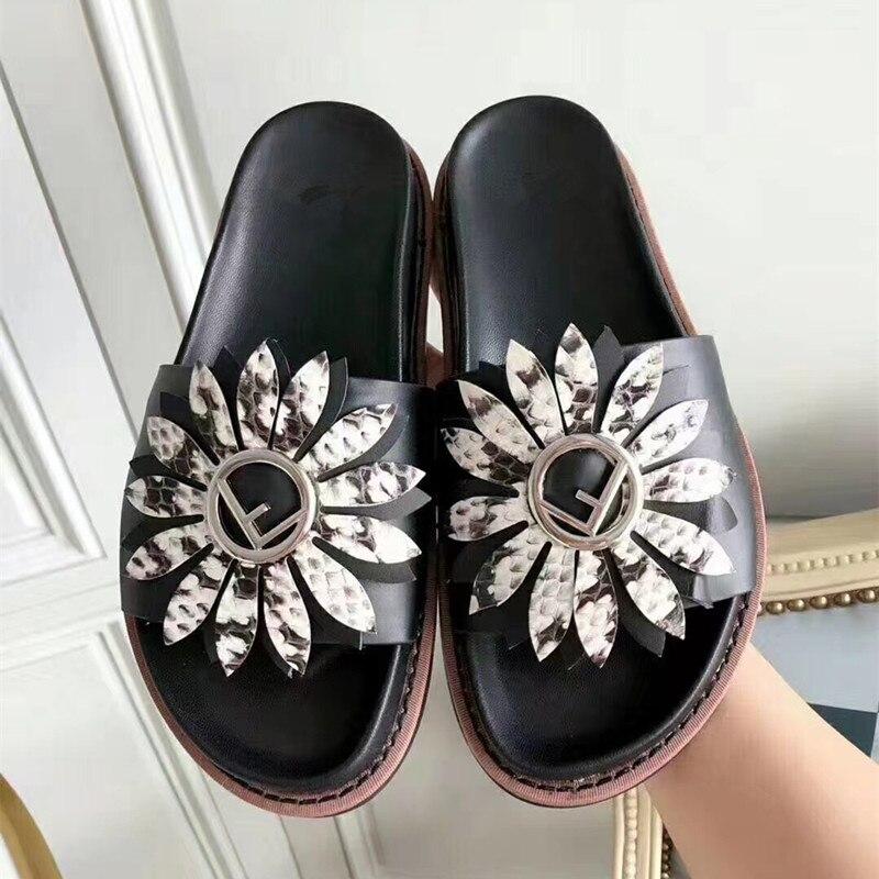 2018 модные женские туфли тапочки женские шлёпанцы летние сандалии на платформе слова слипоны красный/черный обувь