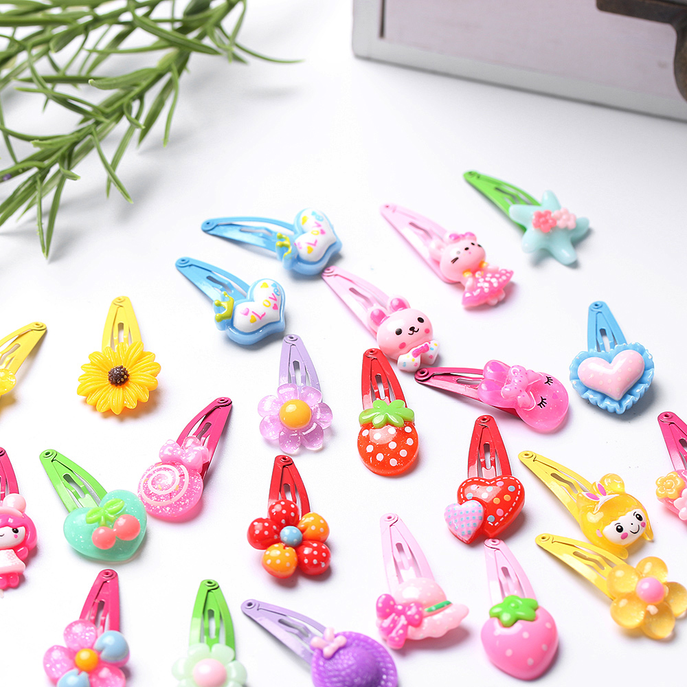 HTB1JdyRRXXXXXbVapXXq6xXFXXXl 12-Pieces Mix Colorful Fruit Flower Star Animal Fish Ribbon Heart Candy Hair Accessories For Girls