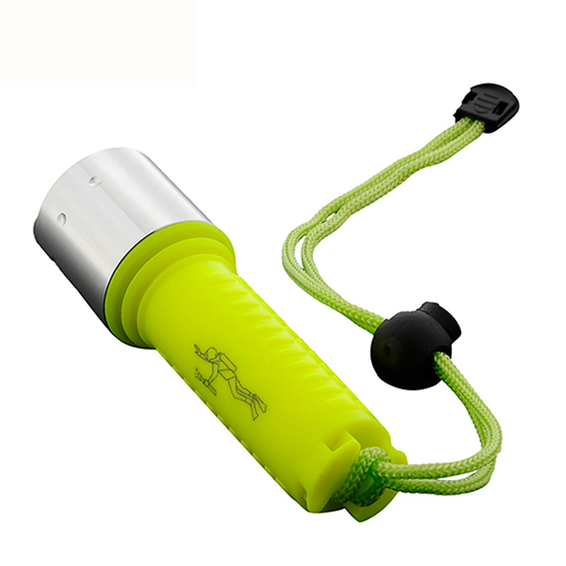 2021 Portable Waterproof Diver LED Flashlight  4