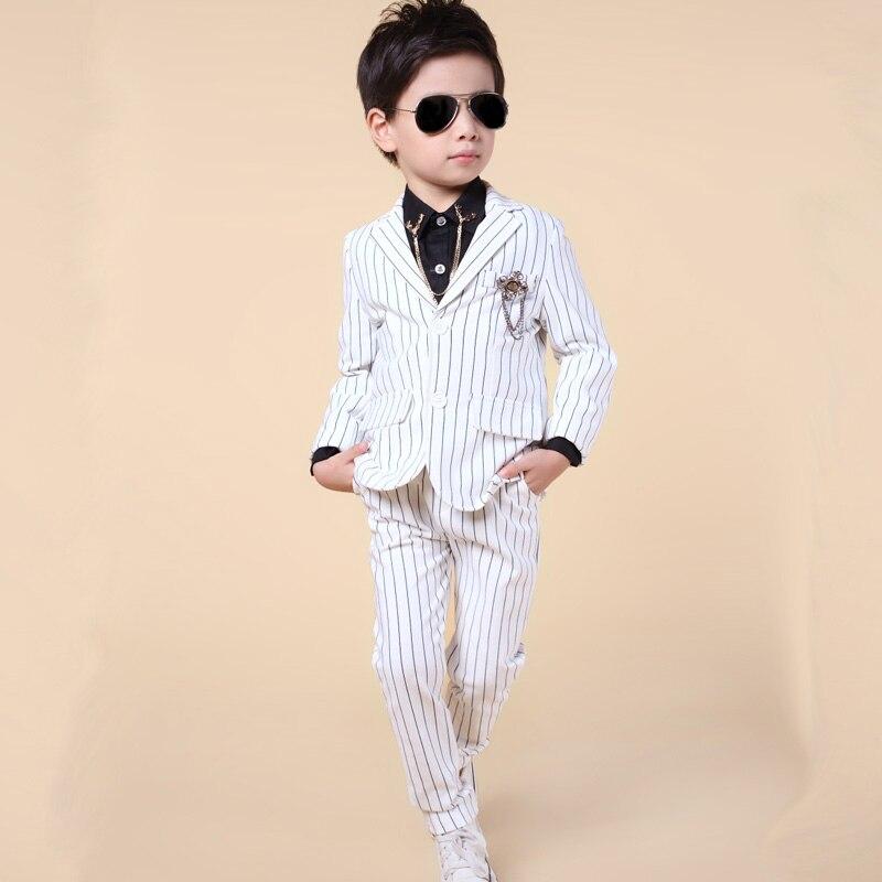 Модный детский блейзер из двух единиц для мальчика для повседневной носки костюмы для свадьбы одежда с цветком для официальных мероприятий