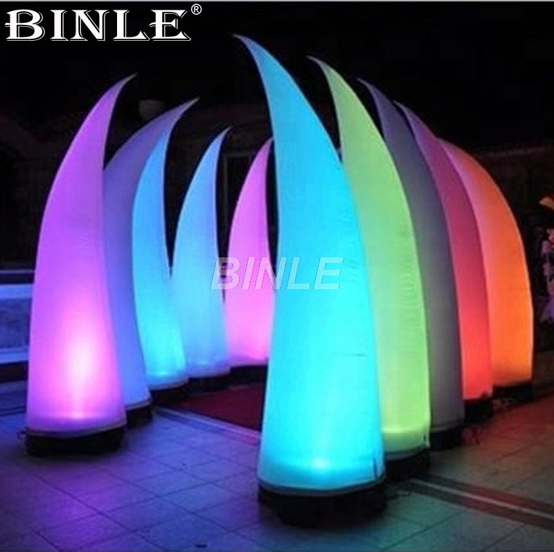 Hot sale 16-color changing lighted pillars inflatable horn cone for wedding decorationHot sale 16-color changing lighted pillars inflatable horn cone for wedding decoration