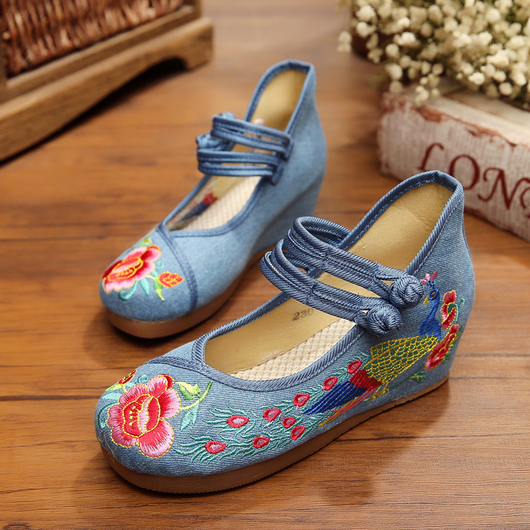 White Old Beijing Embroidered Women Shoes Mary Jane Flat Heel Denim Chinese Style Casual Cloth Plus Size 4 colors Shoes Woman