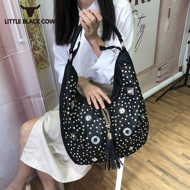 Big Capacity Packing Women Pu Leather Shopping Bag Diamonds Rivet Shoulder Bags Half Moon Totes Chains Tassles Casual HandbagBig Capacity Packing Women Pu Leather Shopping Bag Diamonds Rivet Shoulder Bags Half Moon Totes Chains Tassles Casual Handbag