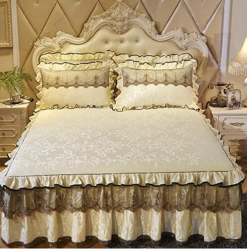 Luxury Lace Bedding Bed Skirt set 1/3pcs Velvet Thick Bedspread Bed Linen Pillowcase Princess Bedclothes bed cover King QueenLuxury Lace Bedding Bed Skirt set 1/3pcs Velvet Thick Bedspread Bed Linen Pillowcase Princess Bedclothes bed cover King Queen